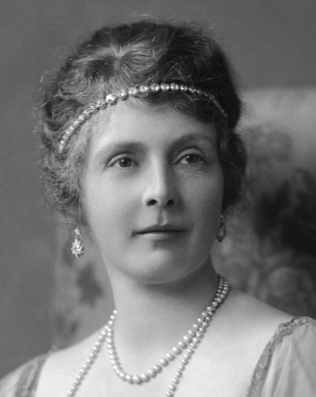 Princess Alice, Countess of Athlone (1883-1980), née Princess Alice (Mary Victoria Augusta Pauline) of Albany.
